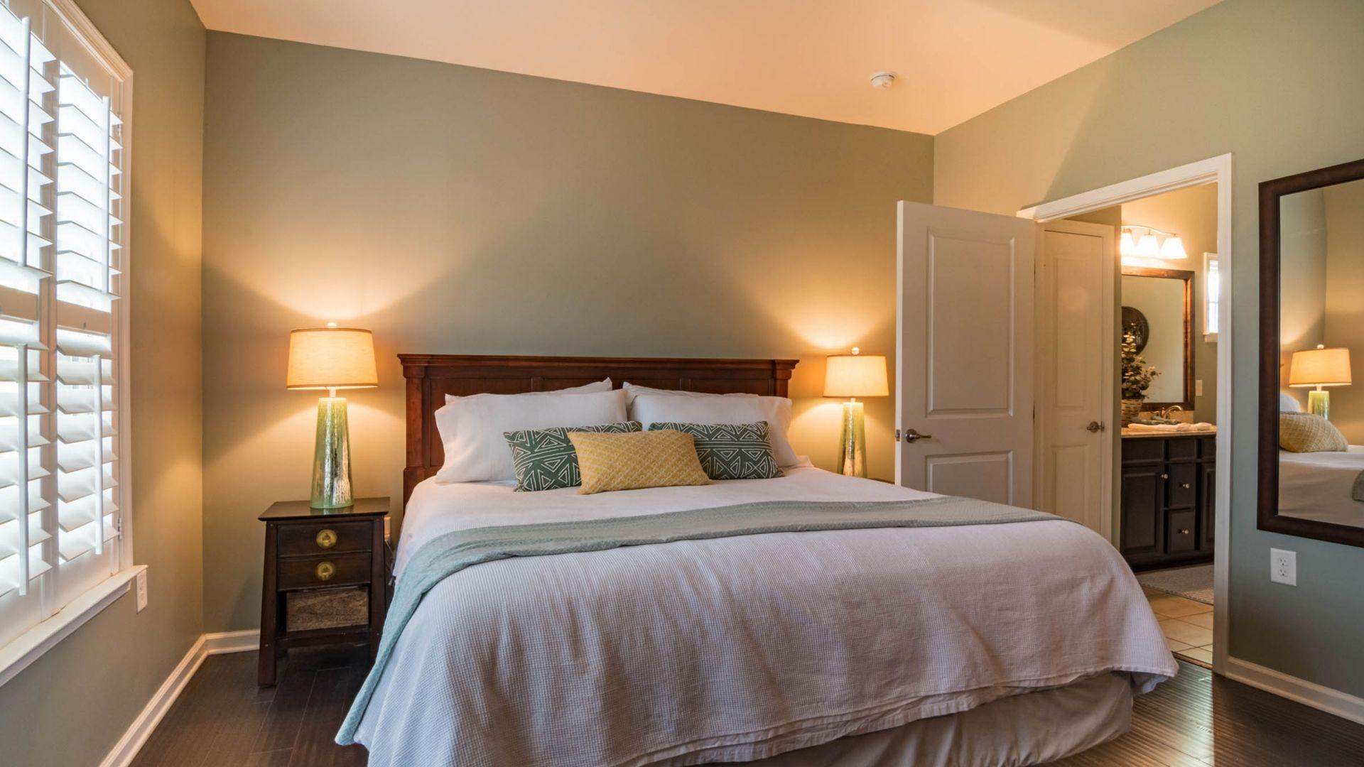 Rolety do sypialni - jakie wybrać?